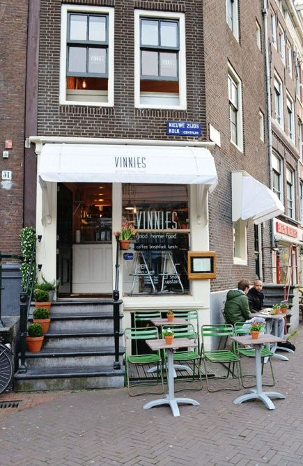 vinnies cafe